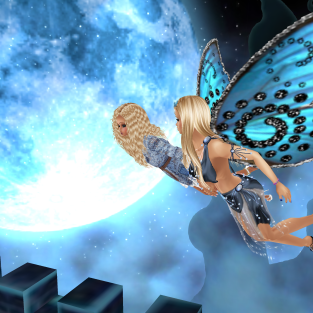 1Suzilyn in crazy castle flying over the moon (1)
