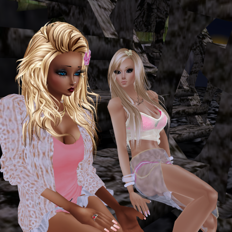 MistressSonyaSweet Susan sitting on steps in fairy nights (4)