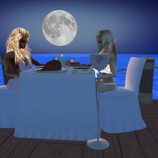 MistressSonyaSweet talking and sharing then sharing great passion then talking on the date dock eating lunch (9)
