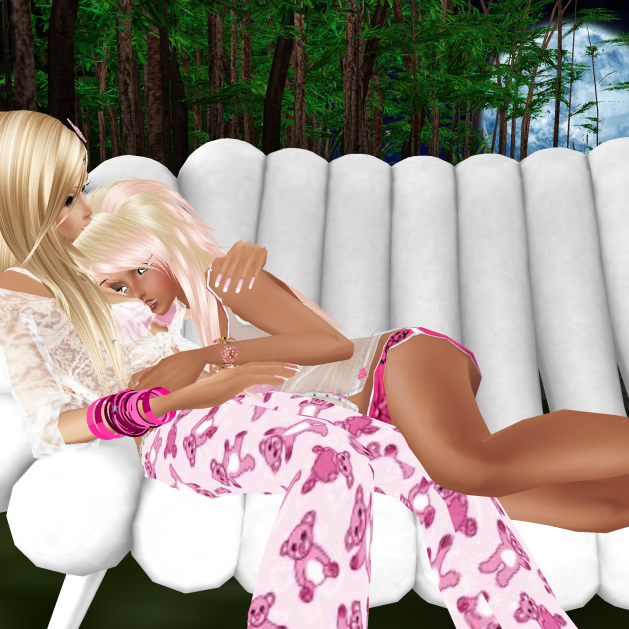 MistressSonyaSweet talking on the white couch then passion and love only words needing her (3)