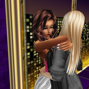 quidlyn GabrielleBleueDOLL StephanieLovesPinkxx joined Misterysweetlove SillyWabbits MistressSonyaSweet in purple club new sofas dancing till Susan got up and came in (2)