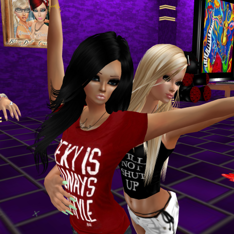 GabrielleBleueDOLL stephijxx GabrielaCortes 1Taylyn joined annaleedevane quidlyn MrBeccaTheAttraction shorts and tshirts in purple club short night couples needed quality time (8)