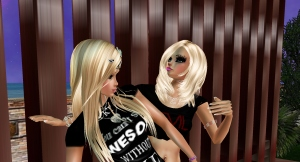 AlexisGB01 dancing with imvu family